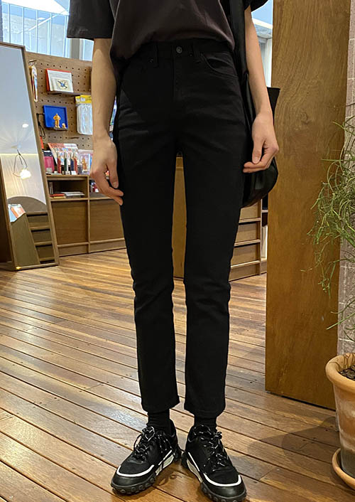 Must slim denim pants (3 colors)